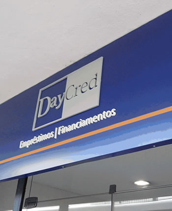 LETREIROS FACHADA