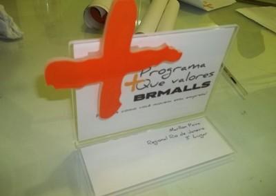 display homenagem em acrilico
