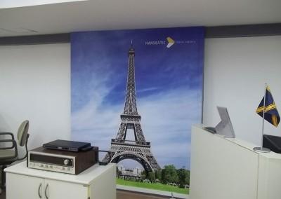 Impressão digital em adesivos para parede